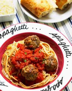 turkey meatballs with quick and spicy tomato sauce and spaghetti with turkey meatballs quick tomato sauce