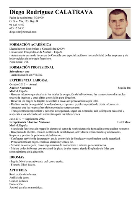 Ejemplo Curriculum Asesor Financiero Modelo De Curr 237 Culum V 237 Tae Auditor Nocturno Auditor Nocturno Cv Plantilla Livecareer