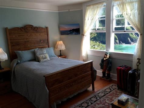 lighthouse bed and breakfast our bedroom picture of heceta head lighthouse bed and
