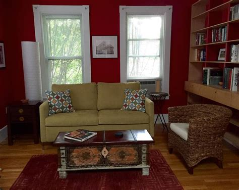 One Bedroom Apartments Somerville Ma by Bright Artfully Decorated 1 Bedroom Apartments For Rent