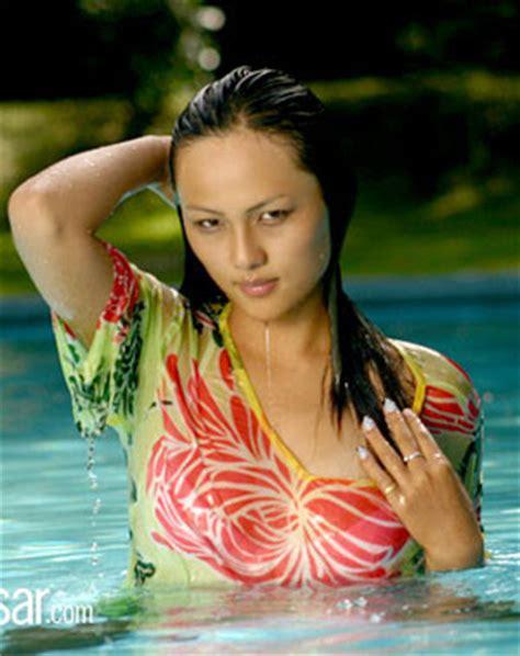 sex bathroom vedio zenisha moktan sex video in bathroom of zenisha
