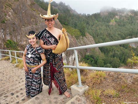 Baju Adat Ntt seni tenun di nusa tenggara timur wacana