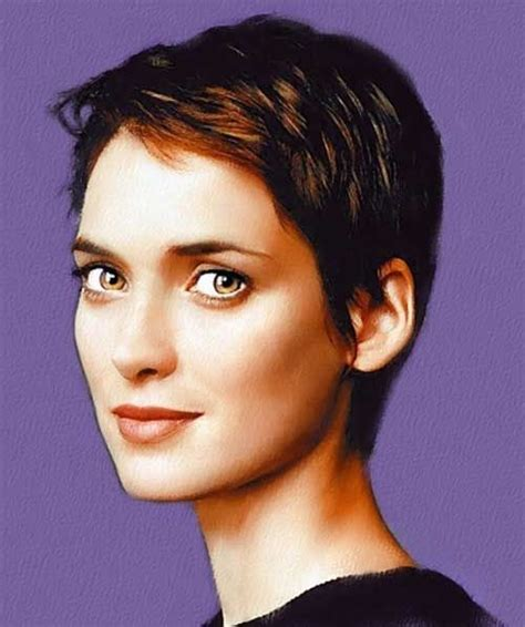 pixie cut with center part a beautiful little life perfect pixie haircuts part 2 27