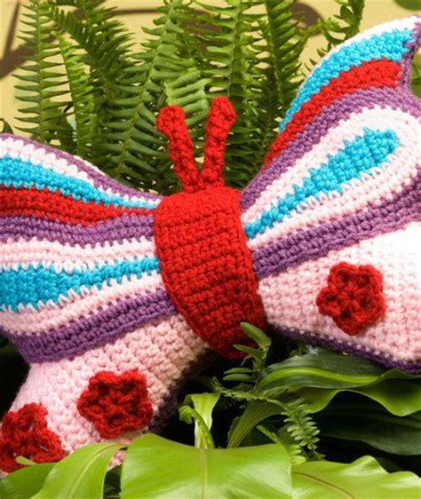 free crochet pattern heart pillow various kid s pillows to crochet from red heart yarn