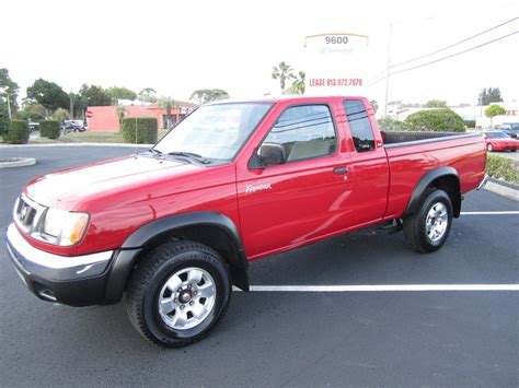 red nissan frontier lifted nissan frontier 2000 red image 91