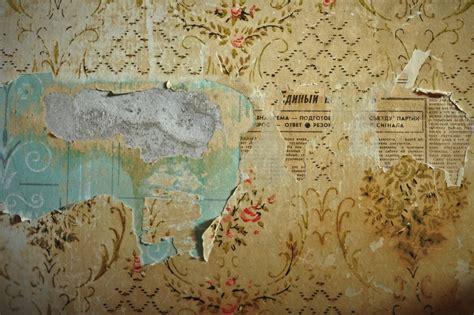 peel off wallpaper peeling russian wallpaper faded glory weathered pinterest