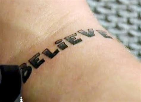 justin bieber treble clef tattoo tatouage justin bieber believe