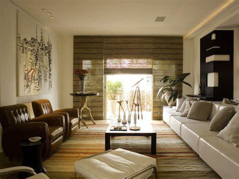 zen style living room decor  sectional sofa  wooden