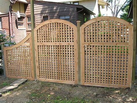 privacy trellis fencing vinyl lattice fence topper woodworking projects plans