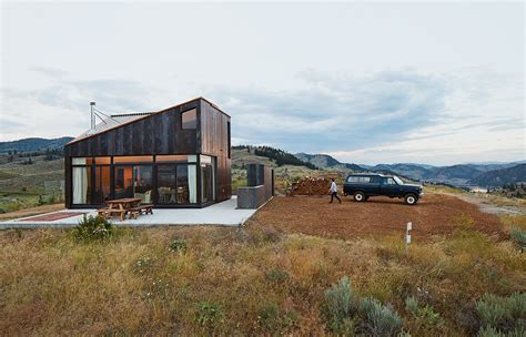 rugged home washington vacation home references its rugged surroundings steel bestofhouse net 15414