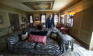 Design Room Online Free versace mansion yours for around 163 16m at auction an 80