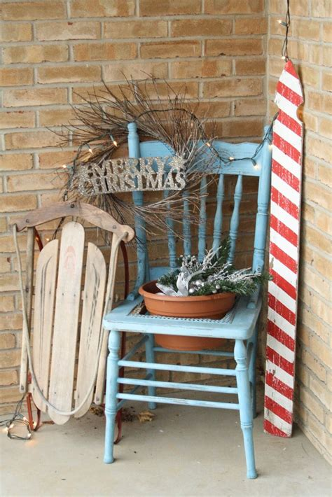 ideas for decorating iron fence posts for christmas 17 best images about ideas 4 decorated chairs on autumn wreaths folding chairs and
