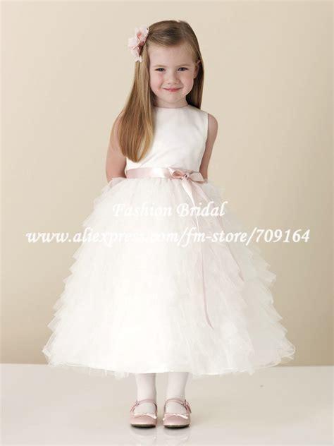 Brautkleider Kinder by Vestidos Para Primeira Comunh 227 O De Renda Tule Seda E