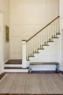Wainscoting Ideas For Stairs by 25 Lovely Entries And Staircase Remodels Diy