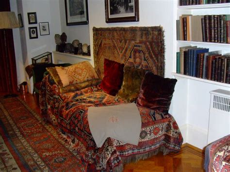 psychoanalytic couch a small guide to hstead london sights best hotels