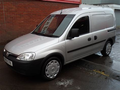 vauxhall combo used silver 2010 vauxhall combo for 163 6 995 vat wiltshire