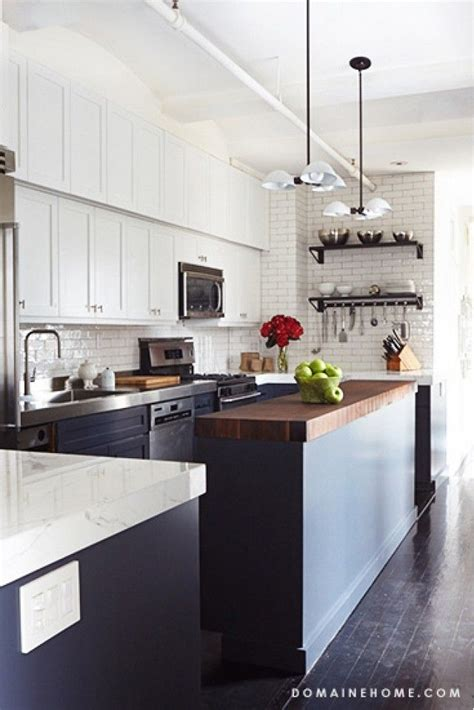 contrasting kitchen cabinets 17 best images about interiors kitchen features on