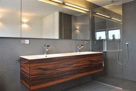 moderne badezimmermöbel badezimmerm 246 bel holz modern rheumri