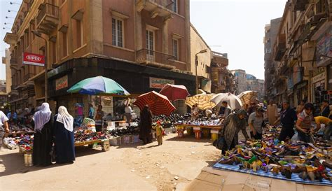 Mba In Cairo Price by The Efficient Market Hypothesists Bachelier Samuelson Fama