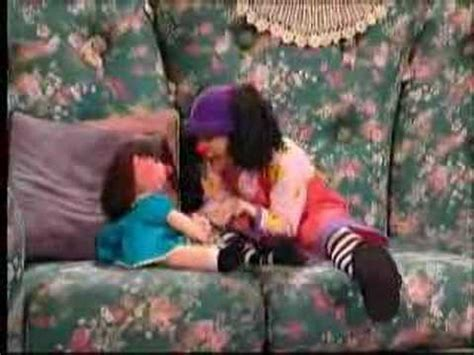 couch youtube the big comfy couch youtube