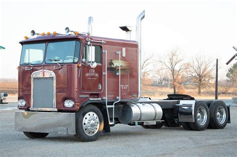 kenworth cabover history 1984 kenworth k100 pictures to pin on pinterest pinsdaddy