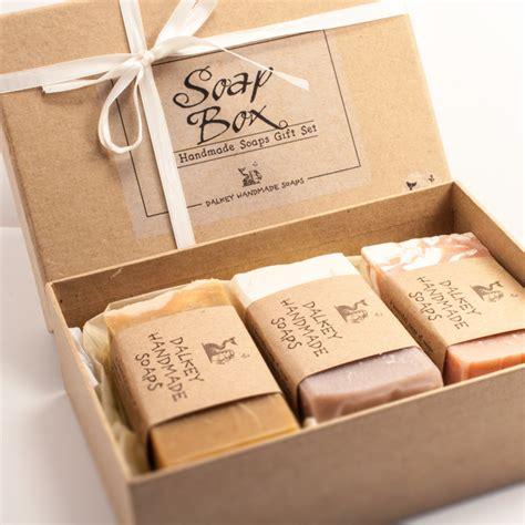 Sabun Handmade - 10 souvenir pernikahan yang akan membuatmu ingin segera