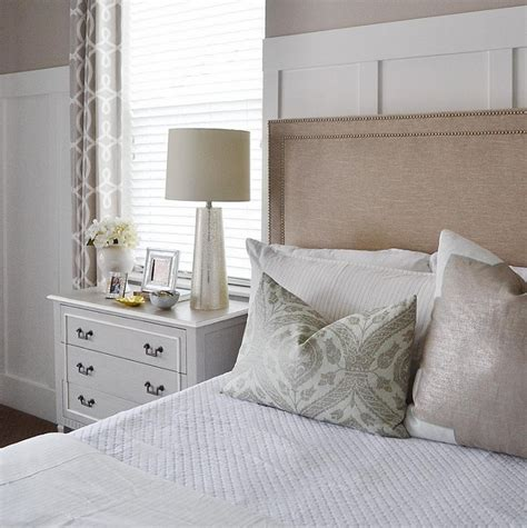 board and batten bedroom interior design ideas home bunch interior design ideas