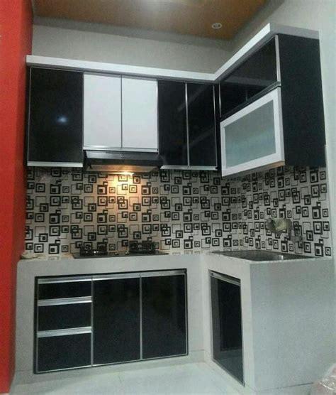 model lemari aluminium dapur  cocok