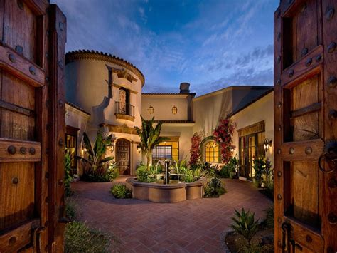 spanish style house plans central courtyard home