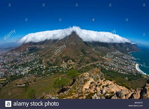 table mountain cape town the table cloth cloud effect table mountain in cape