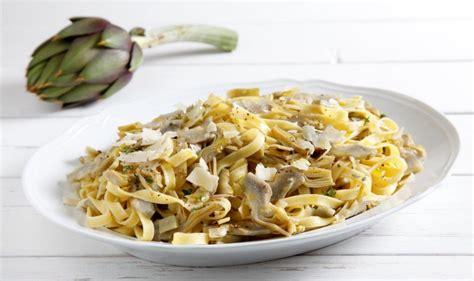 come cucinare pasta e carciofi ricetta pasta con i carciofi cucchiaio d argento