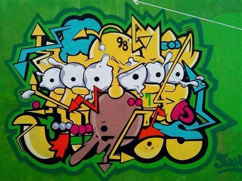 imagenes de jesus graffiti sprayfield murales de los simpson invaden cdmx con