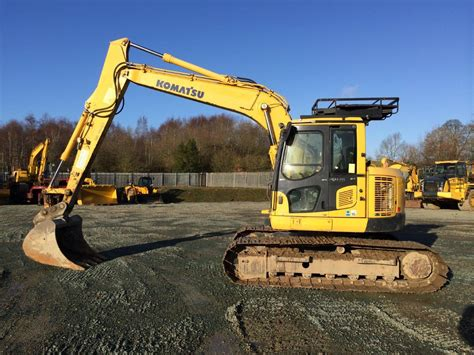 zero tail swing excavator komatsu pc 138 thirteen ton zero tail swing excavator