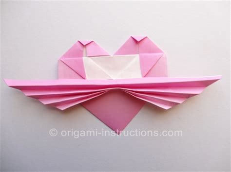 How To Make A Origami With Wings - maska z origami
