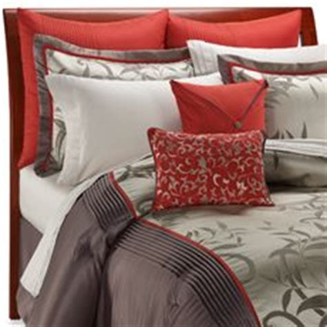 matching bedroom and bathroom sets 1000 images about bedroom on pinterest comforter sets
