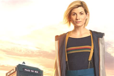New Doctor Dress Ukuran Besar doctor who jodie whittaker s new doctor costume is for and adventuring