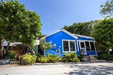 Tween Waters Cottages by Three Bedroom On Property Cottage Picture Of Tween