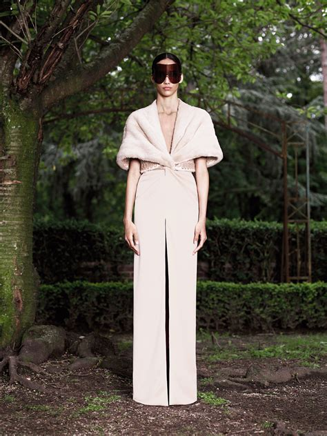 Haute Couture Givenchy Autumnwinter 2008 Collection by Givenchy Fall 2012 Haute Couture Collection 15