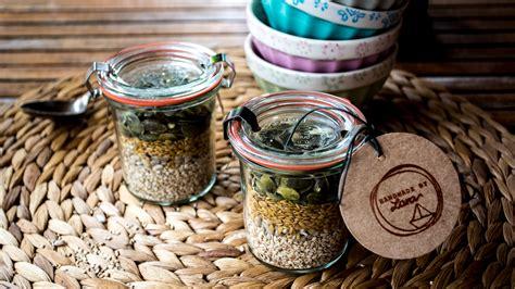 alimenti ricchi di proteine nobili alimenti ricchi di proteine nobili piccoli vasetti di semi