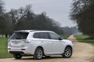 Mitsubishi U Mitsubishi Outlander Phev U S Launch Set For Q2 2016