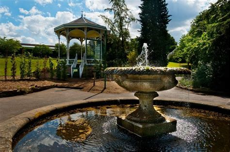 The Botanical Gardens Birmingham Birmingham Botanical Gardens Wedding Venue