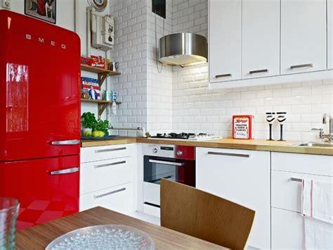 Кухня в светлом дубе фото в интерьере