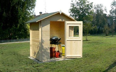 costruire casette in legno da giardino 13 idee per usare le casette in legno da giardino arreda
