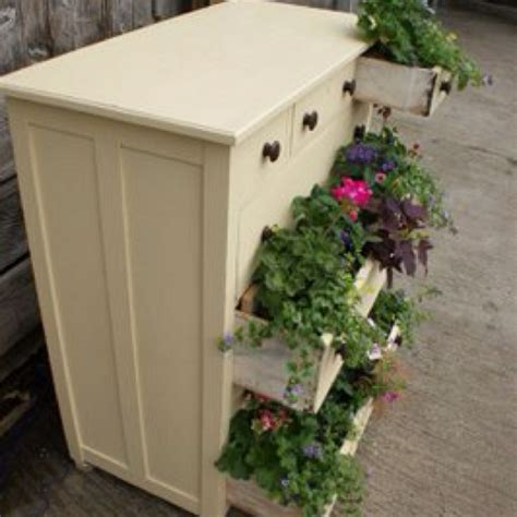 Mailbox Planter Ideas by Dresser Planter Box Ideas Gardening
