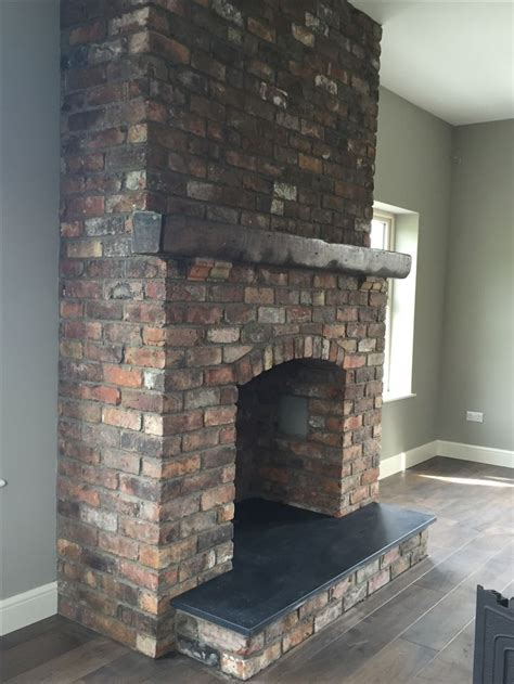 Hearth Bricks For Fireplaces by 25 Best Ideas About Brick Fireplace Wall On