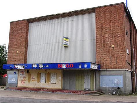cineplex hull berkeley cinema in hull gb cinema treasures