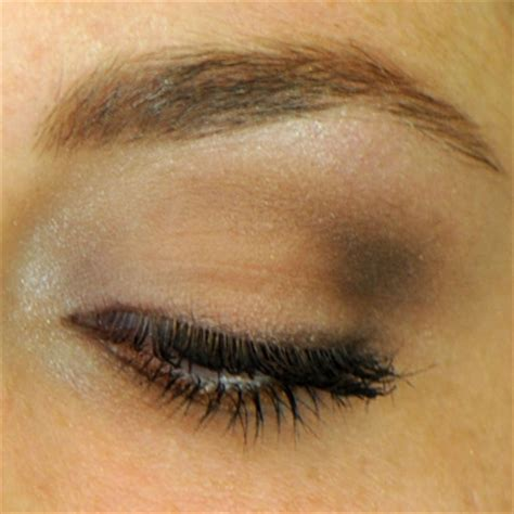 Eyeshadow Highlight the ultimate guide to wearing brown eyeshadow apple