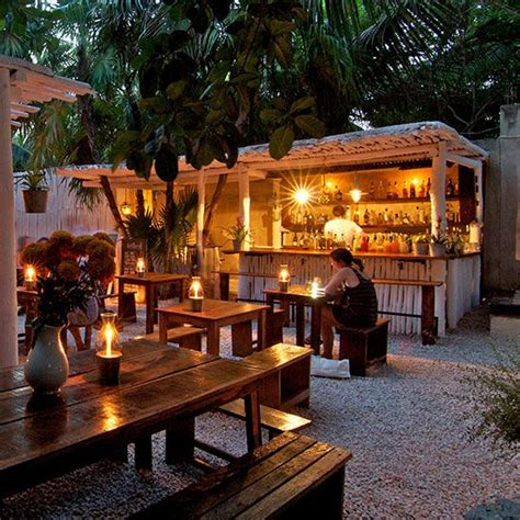 The Backyard Restaurant by 1000 Ideas About Outdoor Restaurant On