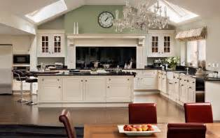 Smallbone Kitchen Cabinets by Smallbone Of Devizes Up For Sale Acquisitions Daily