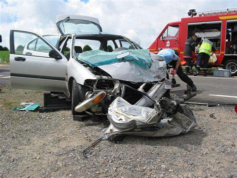 accident faits divers d o 249 vient notre fascination pour les faits divers 187 owni news augmented